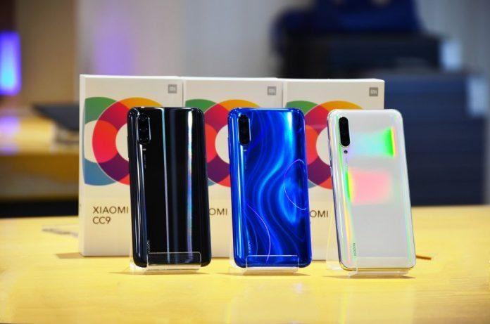 Xiaomi Mi CC9 в трех цветовых решениях