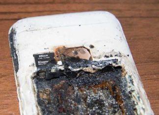 Смартфон с взорвавшейся батареей