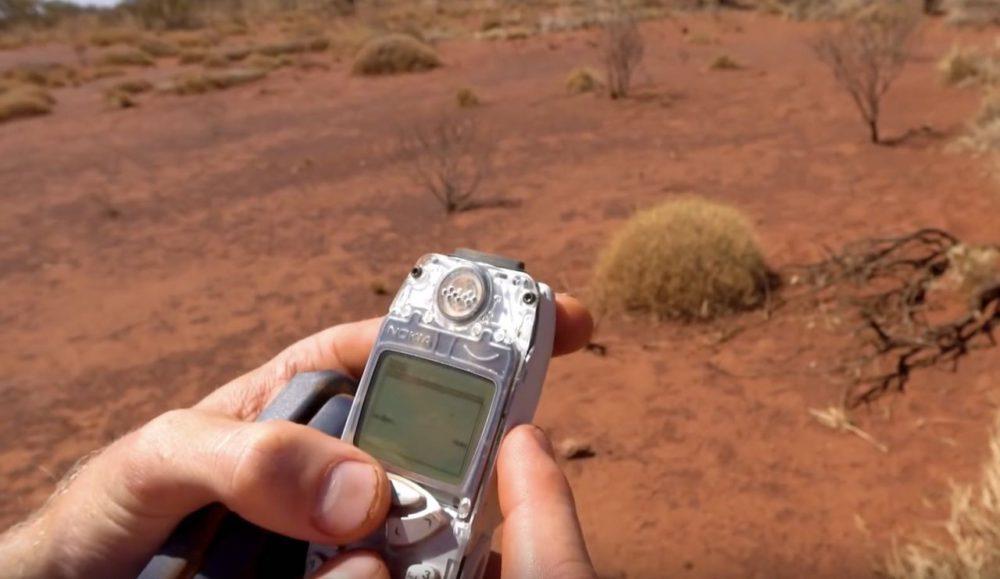 Nokia 3310 после падения с 300 метровой высоты
