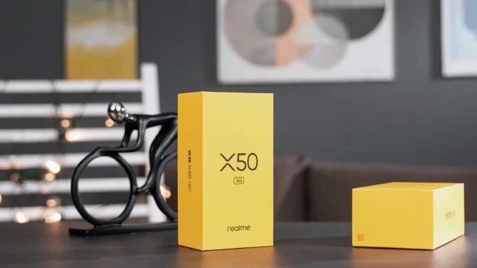 Realme X50 5G - упаковочная коробка