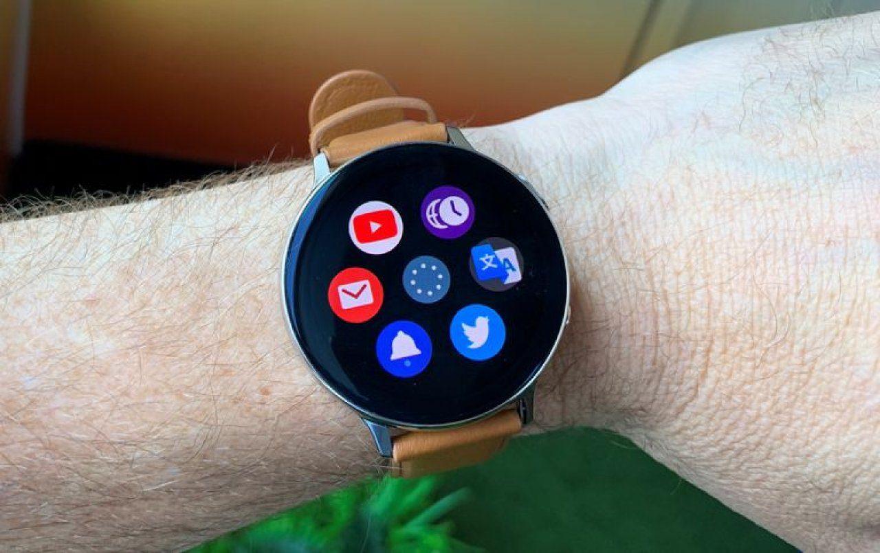 ТОП-5 смарт часов, Samsung Galaxy Watch Active 2