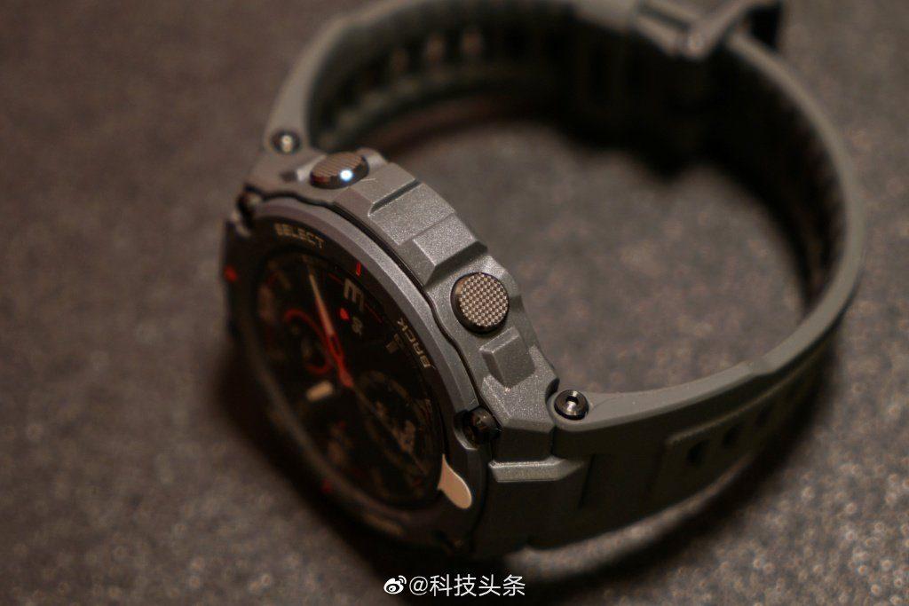 Amazfit представил сверхпрочные смарт-часы Amazfit T-Rex _ 1