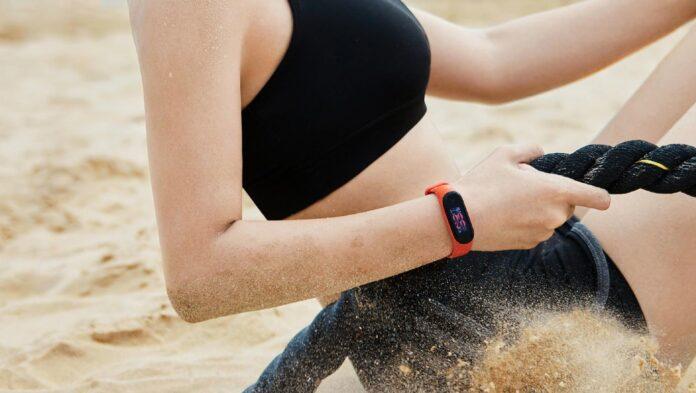 Глобальная версия умного браслета Mi Band 5 будет с NFC