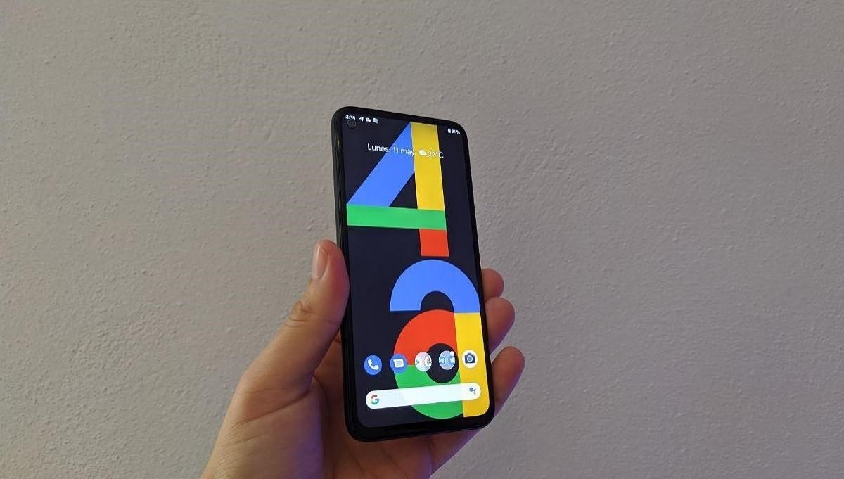 Google Pixel 4a попал в список лучших компактных самртфонов в 2020 году