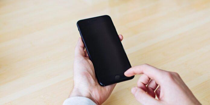 Перезагрузка смартфона: когда и как часто