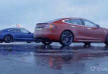 Блогеры сравнили возможности электрокаров Porsche Taycan и Tesla Model S на мокром асфальте