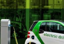 Илон Маск: новая технология Tesla сможет заряжать электрокар до 80% всего за 15 минут