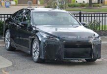 Папарации засняли новейший электрокар Toyota на испытаниях