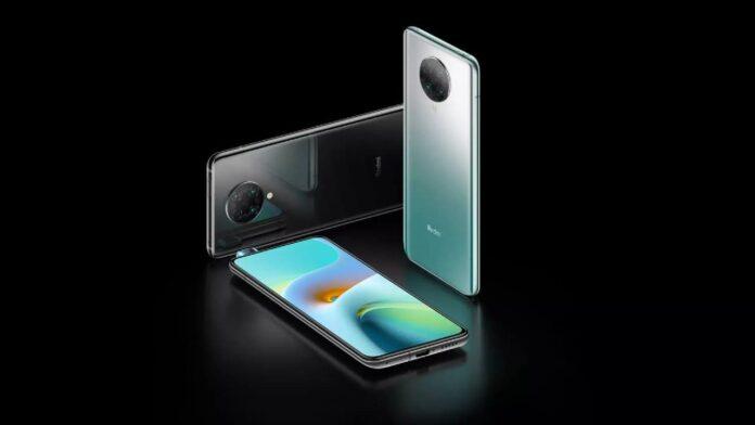 Директора Xiaomi и Redmi поспорили о том, кто первым выпустит серийный смартфон с новейшим процессором