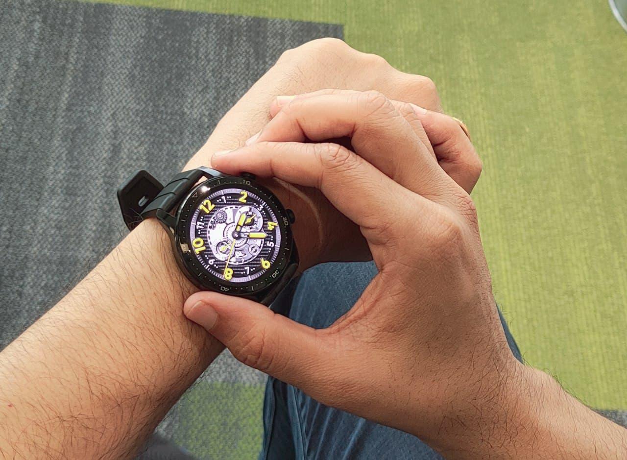 Новости Realme: часы и фирменный талисман