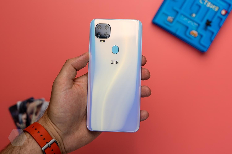 Восемь лучших смартфонов 2020 года бюджетного и среднего класса - ZTE Blade V2020