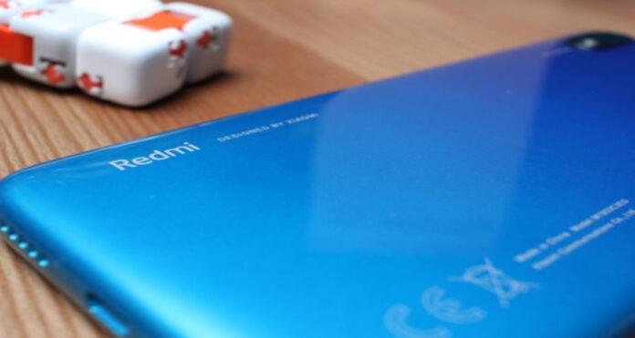 Стала известна цена игрового смартфона Redmi