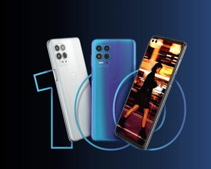 Компания Lenovo вывела на рынок два смартфона Motorola