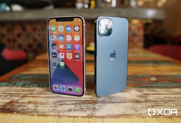 Версия Apple для iPhone в этом году - 12S