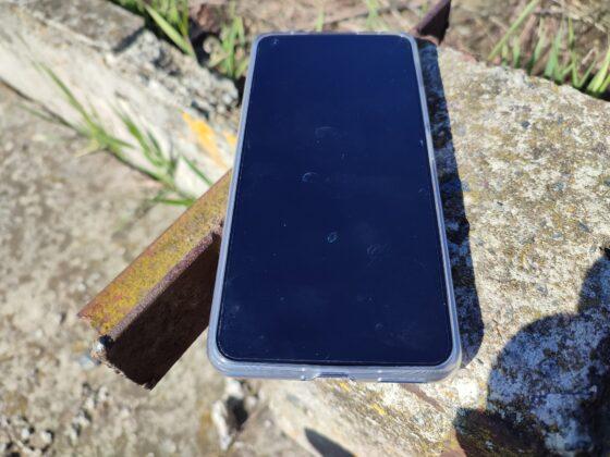 Xiaomi Mi 11 Lite 5G в комплектном чехле