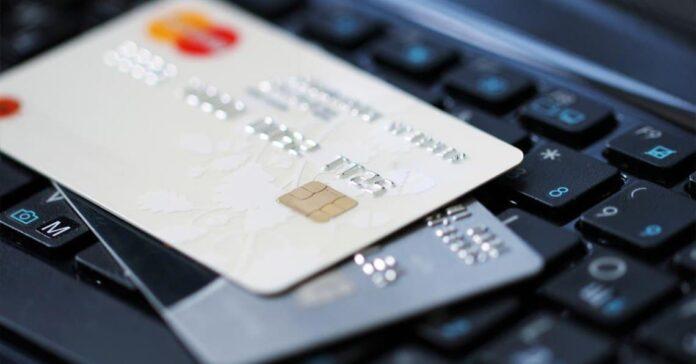 «Приватбанк» и Ощадбанк порадовали украинцев