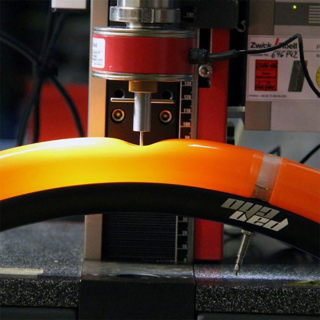 Придумали, як контролювати тиск в шинах велосипеда за допомогою смартфона