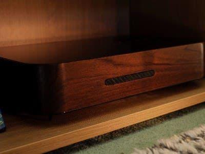Ретро-версия PlayStation 5 в деревянном корпусе стала реальностью