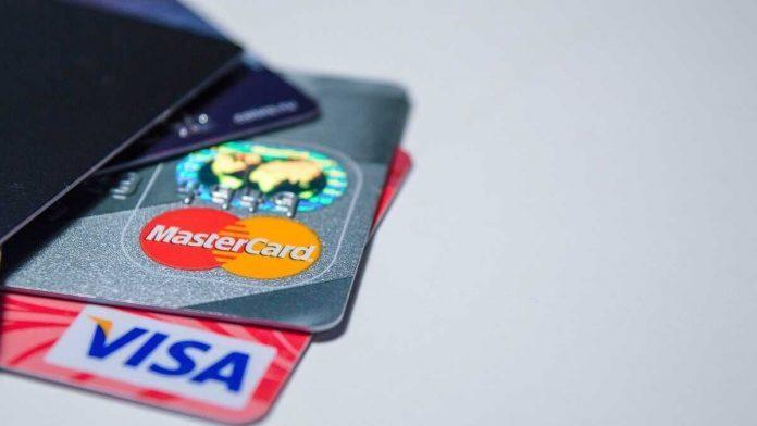 Основные причины блокировки банковских переводов