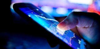 Американские офтальмологи рассказали о влиянии «синего цвета экранов» на здоровье пользователей смартфонов и ПК