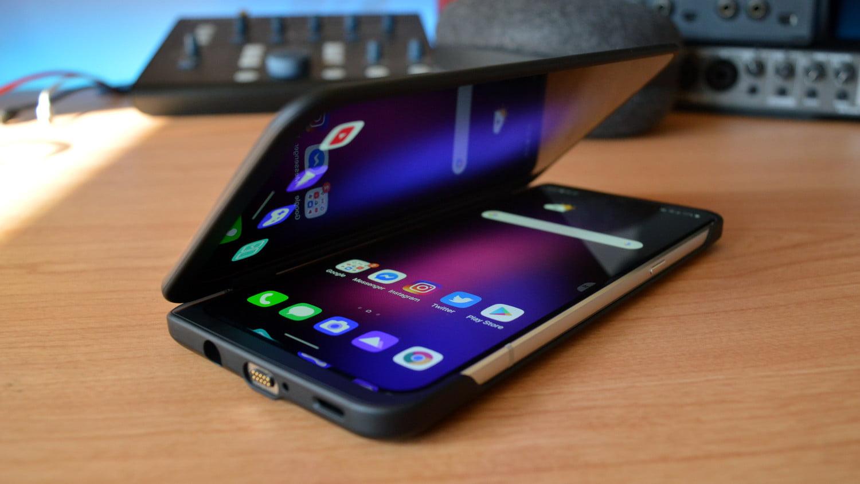 Названы самые лучшие для покупки смартфоны 2021 году