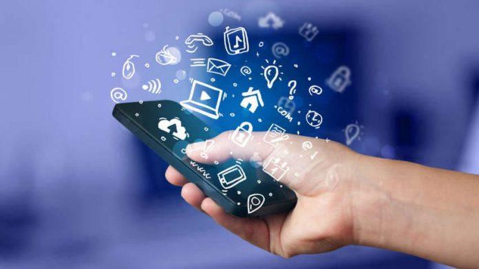 Как защитить смартфон от ворующих персональные данные мобильных приложений