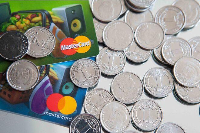 «Приватбанк» всё чаще лишает клиентов доступа к кредитным средствам
