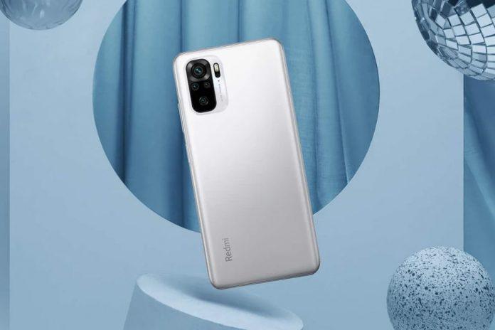 Xiaomi начала поднимать цены на свою продукцию. Первым под удорожание попал популярный бюджетник Redmi