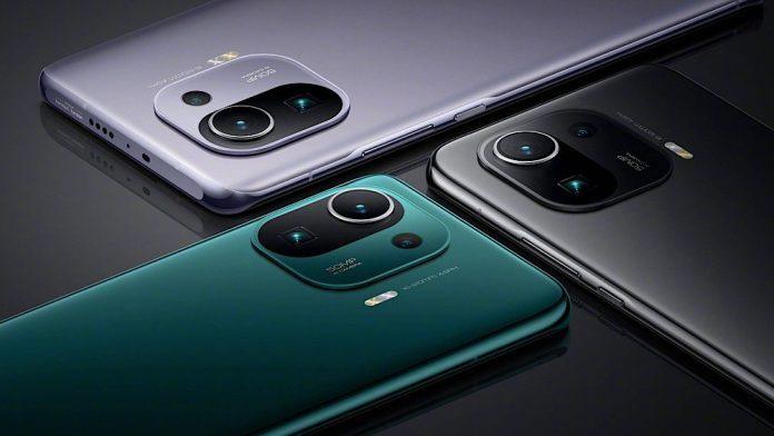 Сразу три смартфона Xiaomi признаны самыми продаваемыми устройствами в Китае
