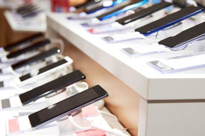 В Украине существенно подросла стоимость смартфонов