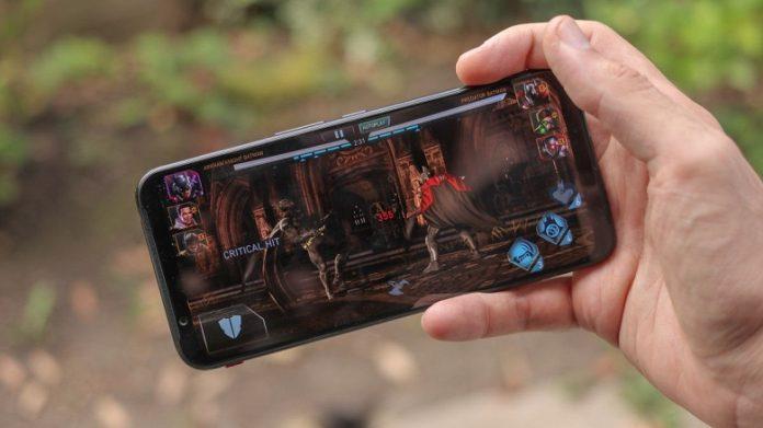 Пользователи массово отказываются от смартфонов с такими экранами