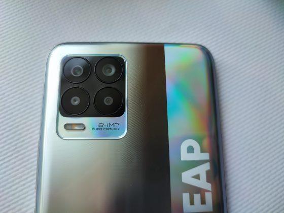 Основная камера realme 8