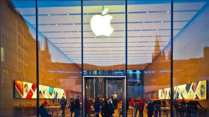 В Украине открылся офис Apple. Как это отразится на ценах