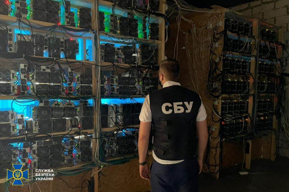 Украинские майнеры биткоинов украли электроэнергии на более чем 100 000 долларов