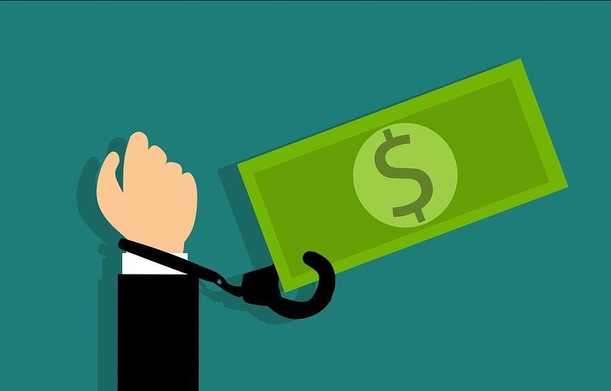 Закон о платежных услугах: собственная валюта в каждом колхозе, упразднение банковской тайны, засилье «пластика» и тотальная незащищенность украинцев