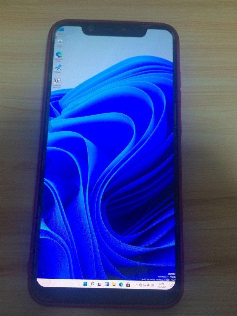 Windows 11 установили на Xiaomi Mi 8 и OnePlus 6T