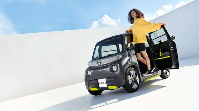 Компания Opel представила электромобиль за 7000 долларов, для которого не нужны водительские права