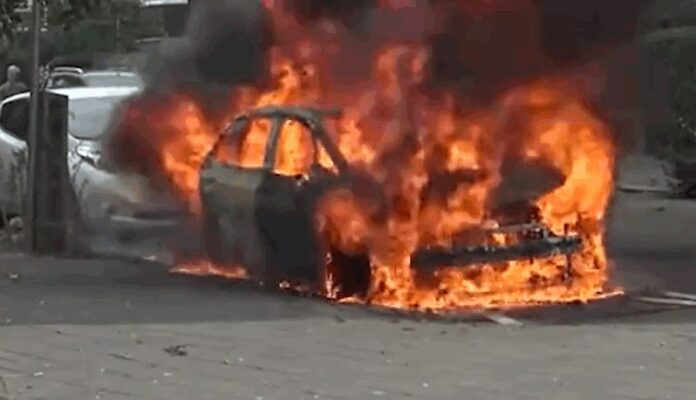 Самовозгорание электромобиля