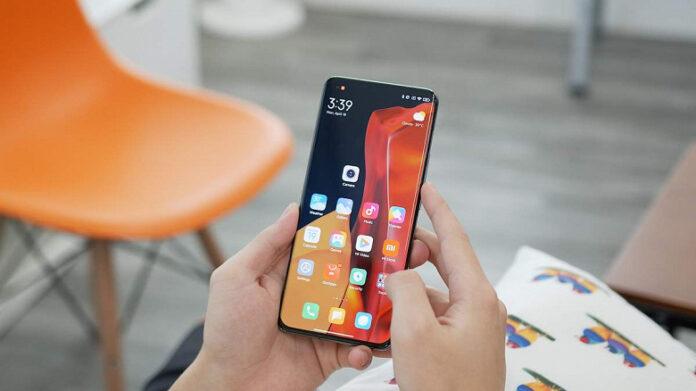 Компания Xiaomi запретила пользователям со стажем тестировать новые версии MIUI