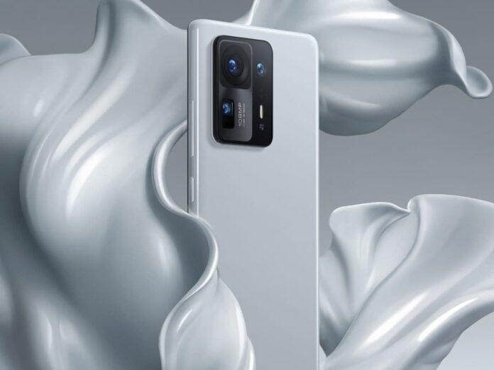 Представители Xiaomi рассказали о сложностях, возникших при производстве Mi Mix 4