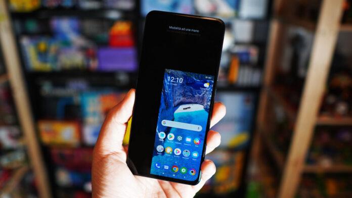 Обновление до Android 12 устранит один из недостатков MIUI Xiaomi