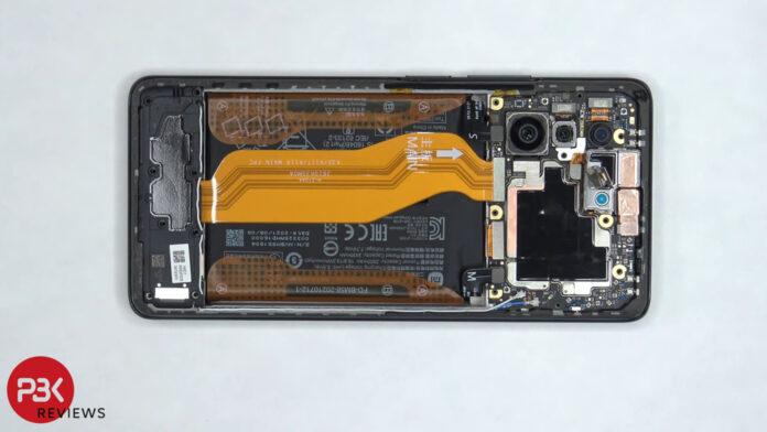 Эксперт назвал два преимущества нового бюджетного флагмана Xiaomi