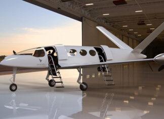 Илон Маск мечтает создать сверхзвуковой электрический самолет